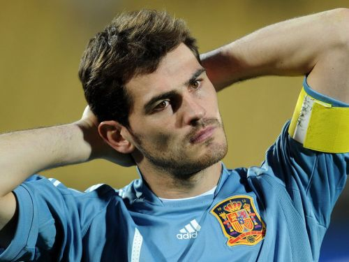 Former Real Madrid Goalkeeper, Ike Casillas, Retires From Football